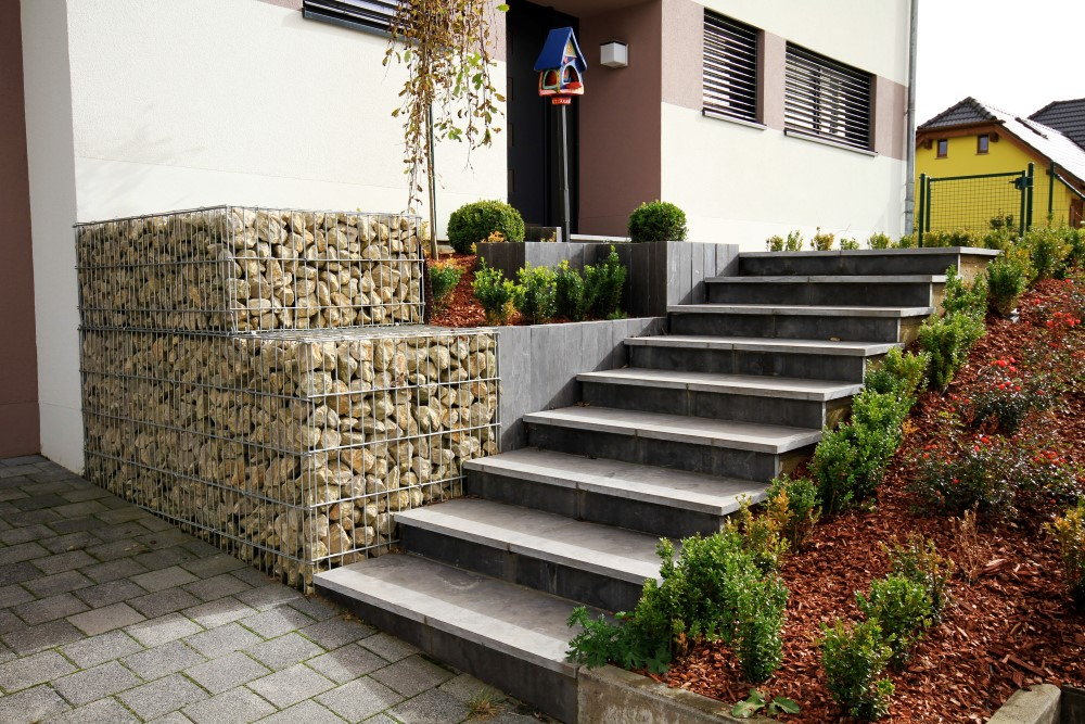 Am nagements ext rieurs services de construction for Amenagement entree exterieur avec escalier